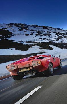 Lamborghini Countach nyc magazin