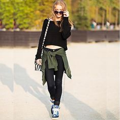 Casual Grunge  #stealthelook #look #looks #streetstyle #streetchic #moda #fashion #style #estilo #moletom #tenis #cropped