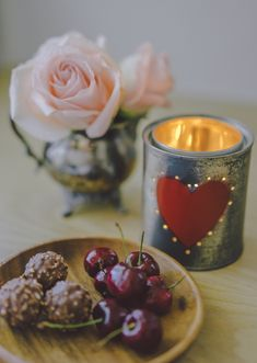DIY: tin can Valentine's votive