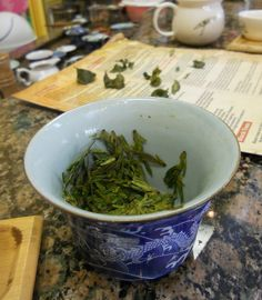 """""""Ladies Who Lunch and Drink Tea"""" find out what they got up to in San Francisco on """"AmyOh""""s tea blog."""