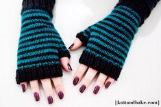 [ knitandbake.com ] my new pattern for striped fingerless gloves <3    http://www.knitandbake.com/2012/03/15/striped-fingerless-gloves-knitandbake-com-free-knitting-pattern/