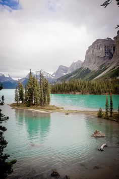 Maligne Lake in Jasper National Park, Alberta, Canada. I loved Jasper National Park, the Canadian Rockies are beautiful. :)