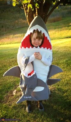 Shark - DIY Halloween Costume