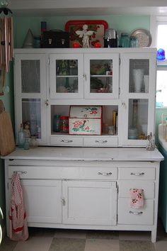 large hoosier vintage kitchen cupboard, hoosier cabinets, vintag kitchen, retro