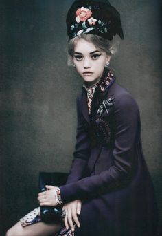 Gemma Ward photographed by Paolo Roversi for Vogue Italia, December 2005 ('An Attitude').