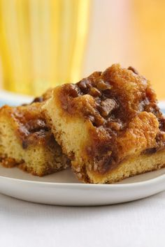 Rustic cinnamon bun dessert bars for brunch!