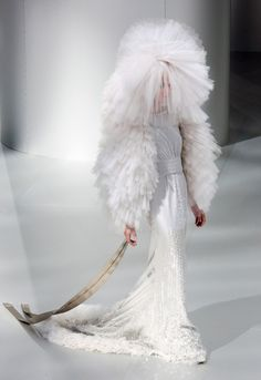 Chanel AW09 Haute Couture -  pinned by RokStarroad.com ~ unleash your inner RokStar - fashion, pop and mental health