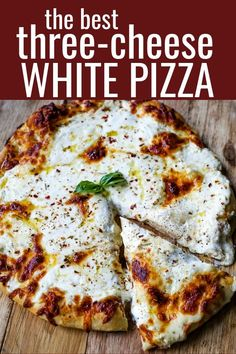 The Best 3-Cheese White Pizza A New-York Style white pizza with drizzled olive oil, mozzarella, parmesan, and ricotta cheese with Italian herbs. www.modernhoney.com #pizzabianca #whitepizza #pizza