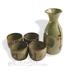 Artistic sake set