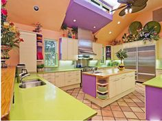 kitchen colors, neon green, green kitchen, naples florida, colorful kitchens, colorful homes, home kitchens, kitchen color schemes, dream kitchens