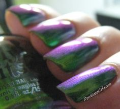 Girly Bits Cosmetics: Hiss and Lear | Pointless Cafe #Multichrome #indiepolish