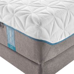 Step up to TEMPUR-Cloud® Elite for an even thicker and softer TEMPUR® comfort layer with more pressure relief. The innovative moisture-wicking, cool-to-the-touch SmartClimate™ System keeps you comfortable, while the EasyRefresh™ Top Cover is simple to remove, wash and replace. #sleephappens #mattresswarehouse #tempurpedic