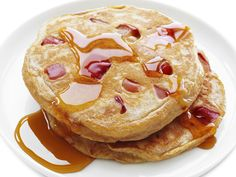Whole-Wheat Apple Pancakes from #FNMag #myplate #grains