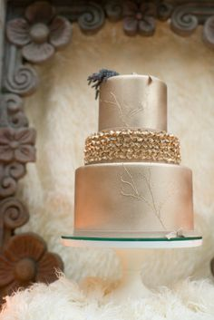 Gold wedding #cake | LH Photography | see more on http://burnettsboards.com/2014/02/glamorous-creative-love-sweet-shoot/