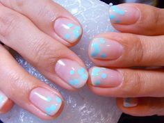 NailNail polka dots, natural nails, nail arts, nail ideas, bubbl, polka dot nails, blues, art nails, blue nails