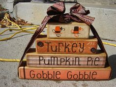 Thanksgiving Decoration from Faye's Attic11 on Etsy!  OMG, I LOVE THIS!