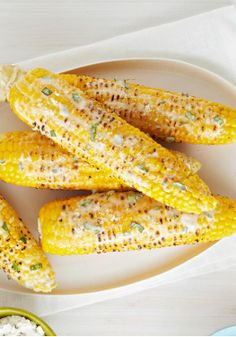 Basil-Parmesan Corn on the Cob – Boost the summery goodness of corn on the cob with a blended butter flavored with chopped fresh basil and grated Parmesan.