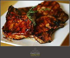 "Barbecue pork chops on the grill - ""no clean"" up ! !"