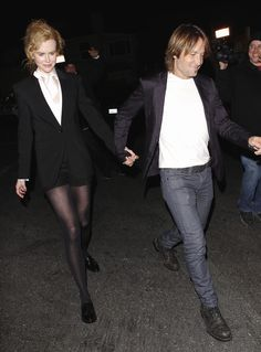 Nicole Kidman in pantyhose - http://stockings-celebs.blogspot.com/2014/07/mieko-rye-moran-atias-morgana-robinson.html