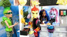 My Froggy Stuff: Doll carnival stall