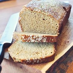 Easy peasy Paleo sandwich bread. Miss your sammiches? Not anymore ...