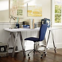 Steel legs on this desk makes it a must have.