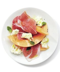 Mozzarella, Prosciutto, and Melon Salad With Mint recipe