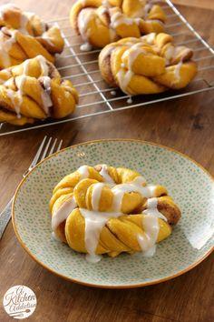 pumpkin delici, pumpkin craze, pumpkin cinnamon, cinnamon twist, pumpkins, knots, recip