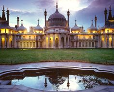 Google Image Result for http://www.firstlightclick.com/image_collection/var/albums/Countries/Uk/Royal-Pavillion,-Brighton.jpg%3Fm%3D1311246186