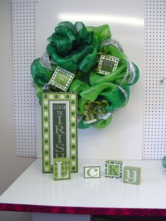 Products for St Patrick's day Wreaths at www.trendytree.com