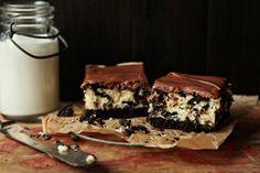 Oreo Cheesecake Bars