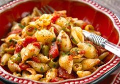 This Spicy Olive Pasta is diabetes-friendly, so you can enjoy it without worrying! #diabetes