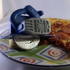 pizza slicer, power tools, circular pizza, foods, pizza cutter, 3000 pizza, pizzas, guy gifts, wicked