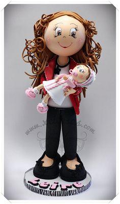 Fofucha con bebé en brazos para regalo bautizo