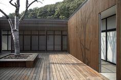 The Screen / Li Xiaodong Atelier