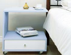 DIY: nightstand