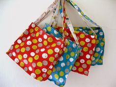 Tutorial: Lined Mini-Totes, 2 Totes From 2 Fat Quarters - A Sewing Journal - A Sewing Journal