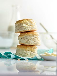If you haven't checked out our guide to the best biscuits you've ever had, which also happen to be the easiest you've ever made, fix that.   #gottariskittogetthebiscuit