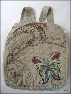 Bolsa de tecido  Bolsa Multiuso em sua versão mochila