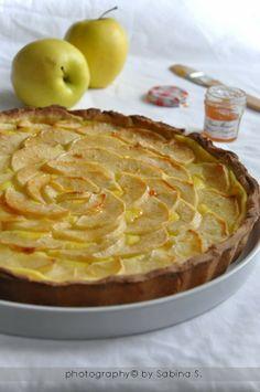 Due bionde in cucina: Crostata di mele con crema pasticcera