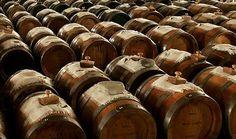 Balsamic Vinegar, Guide To Balsamic Vinegars, How To Use Balsamic Vinegar, What is Balsamic Vinegar, Types of Balsamic Vinegar, Balsamic Vinegar Recipes, Aceto Balsamico Tradizionale, Balsamic Vinegar History, Aged Balsamic Vinegar Recipes