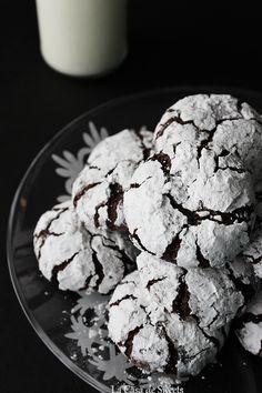 Peppermint Mocha Crinkles {gluten free} | La Casa de Sweets #fbcookieswap