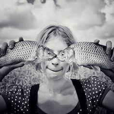 angles, bombs, pisc, frog, self portraits, fish, kisse, austria, eye
