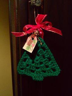 Crochet Christmas Ornament: no pattern, just inspiration.