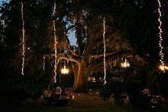 outdoor lighting- junebug weddings grinagog