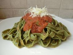 Tagliatelle al basilico | Ricetta pasta fresca fatta in casa
