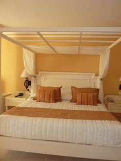 California King beds are fabulous!