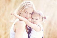 mothers, famili, baby girls, friend memori, sweet girls, raising daughters, mother daughter poses, photo, kid
