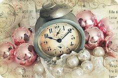 Pretty Vintage Clock