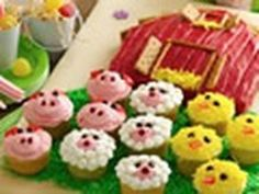 How to make a barn birthday cake and farm animal cupcakes